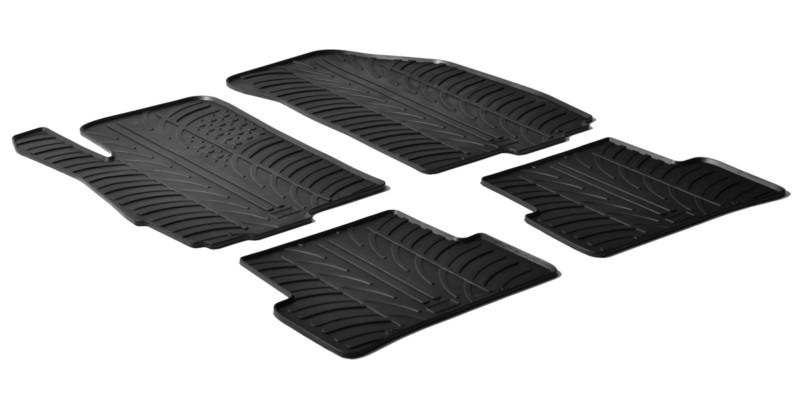 Per la nostra auto compriamo dei tappetini specifici in gomma